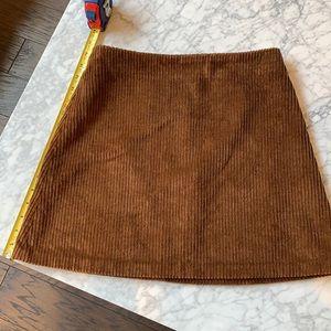 Aritzia mini skirt size 8